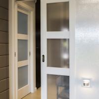 Drzwi przesuwne Verte N kolor biały. Lokalizacja Rybna