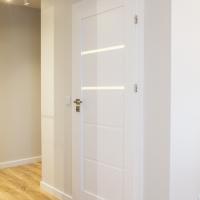 Drzwi Verte G 2 kolor biały. Lokalizacja ul Zygmunta Glogera