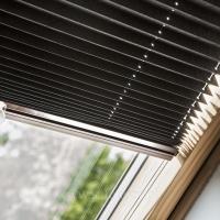 Plisy na okna dachowe. Lokalizacja Zalesie